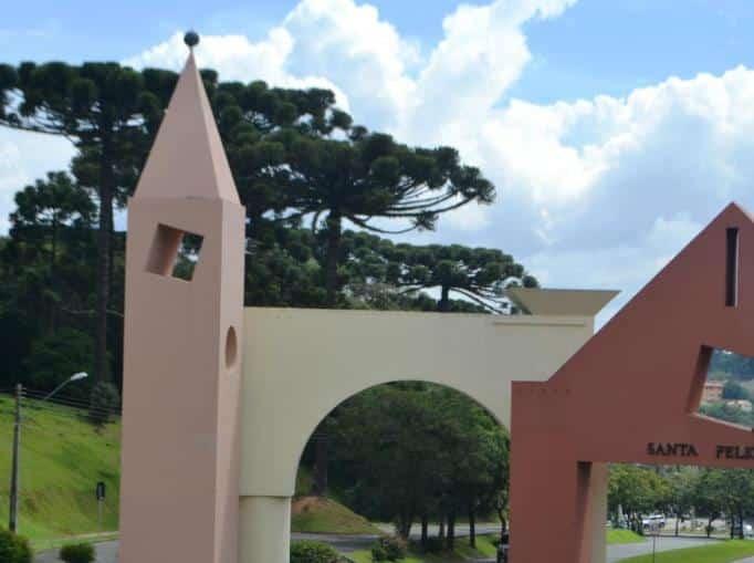 Portal de Santa Felicidade - Curitiba/PR